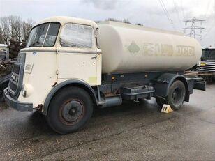 DAF 1600 camión de combustible