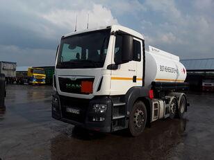 MAN TGS 24.440 camión de combustible