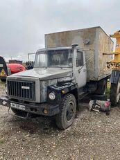 GAZ 4301 camión isotérmico