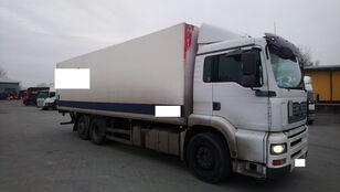 MAN 26 360  camión isotérmico