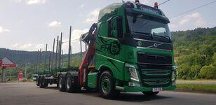 VOLVO FH13 540 6x4 + UMIKOV camión maderero