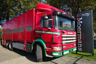 SCANIA P 124G 420 6x2*4 camión para transporte de ganado