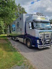 VOLVO camión para transporte de ganado