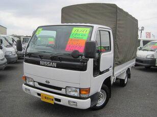 NISSAN Atlas camión toldo